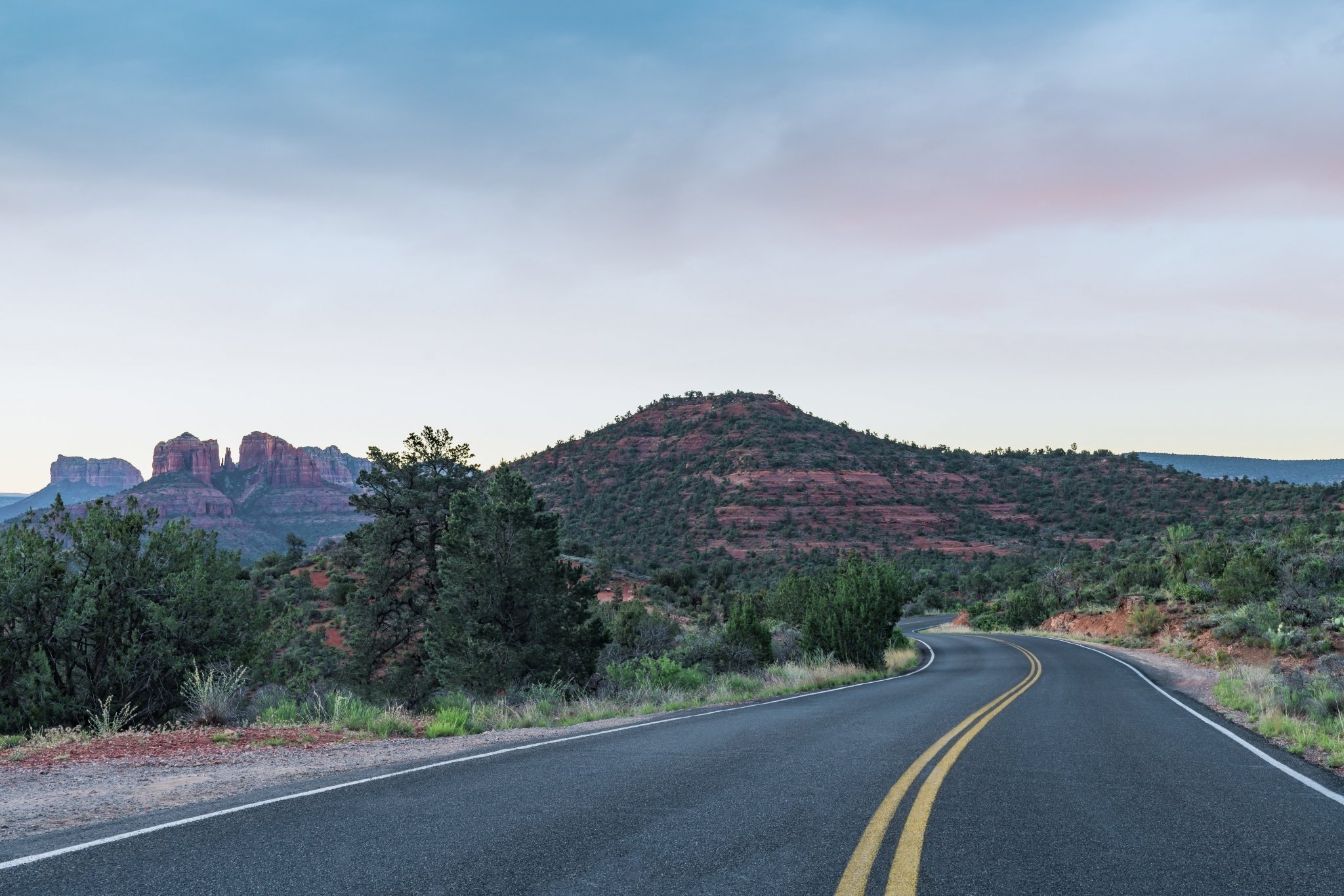 sedona-arizona-road